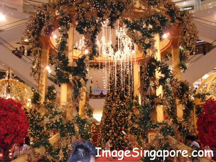 christmas decorations at shopping malls beginningless